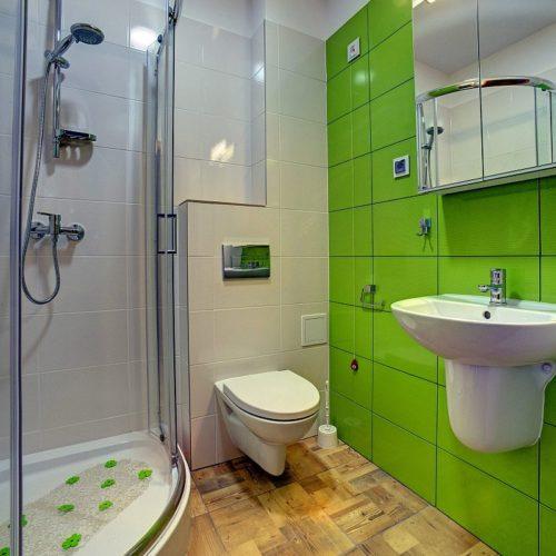 Łazienka przy nowym pokoju 2-osobowym